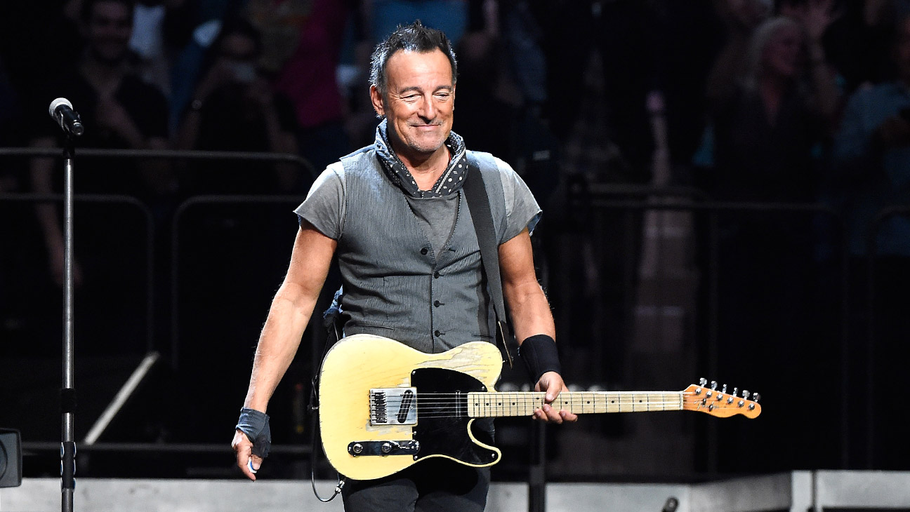 6. This mother who was hit on by Bruce Springsteen:
