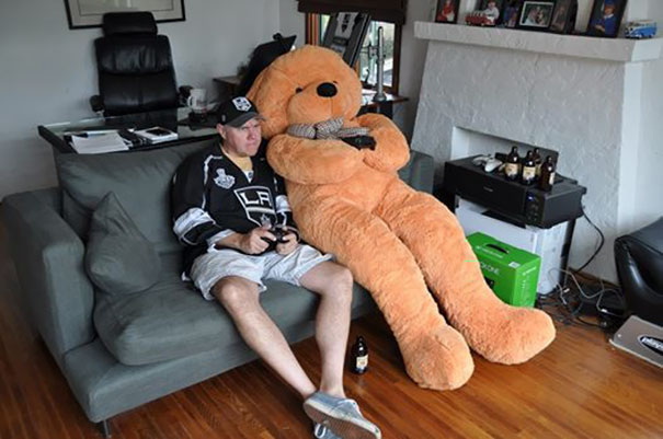 6. My Buddy Ordered A 1/2-Inch Solenoid Valve From Amazon, Received A 7-Foot Tall Teddy Bear. They Played Hockey On Xbox
