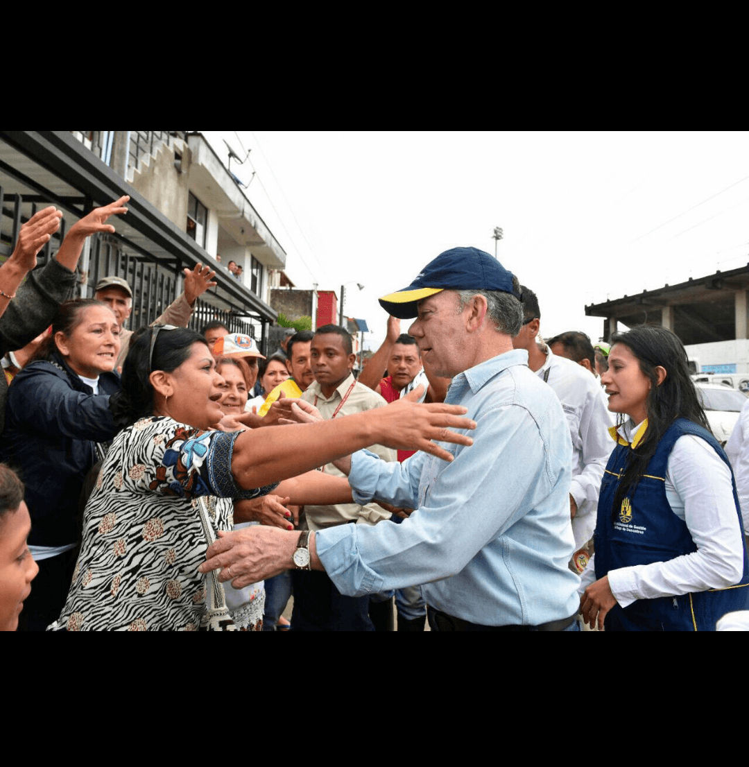 President Juan Manuel Santos meets the people of Mocoa