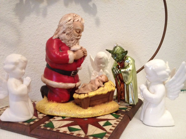 #10 Gave Dad A Yoda Ornament Last Year, Here's Where Mom Put It This Year