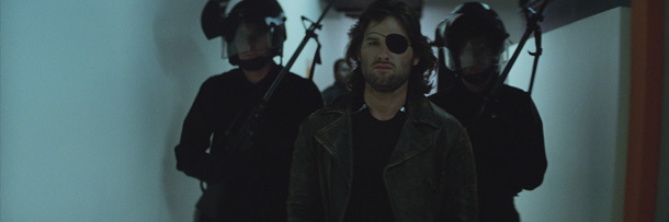 Escape From New York Dropped A Long Opening About How Snake Ended Up In Jail