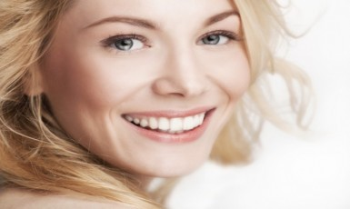 8 Useful Ways For Whitening Your Teeth Naturally