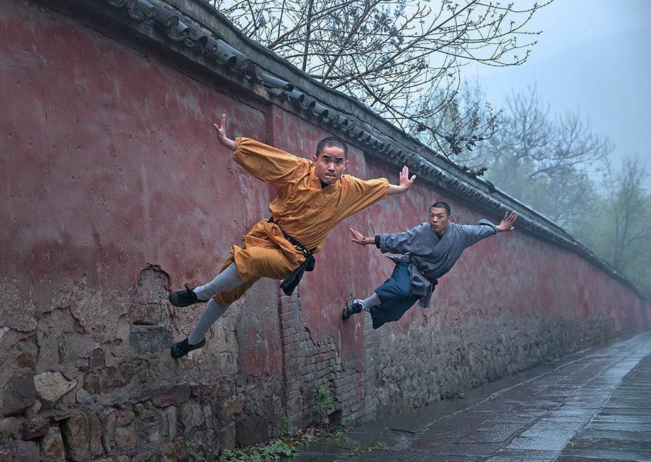 4. Luo Pin Xi of China submitted this gravity defying photo for the Professional, Sport category of the contest.