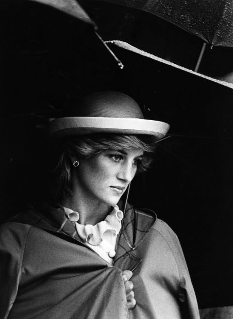 6. February 1981: Donning a ruffled top and bowler hat.