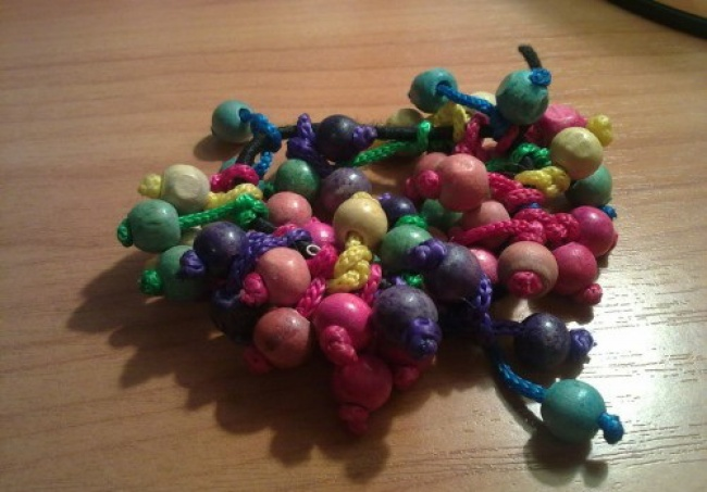 A scrunchie with wooden beads