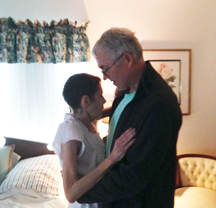 5. Mom's Last Dance With My Dad The Night Before She Passed Away After A 15 Year Battle With Cancer