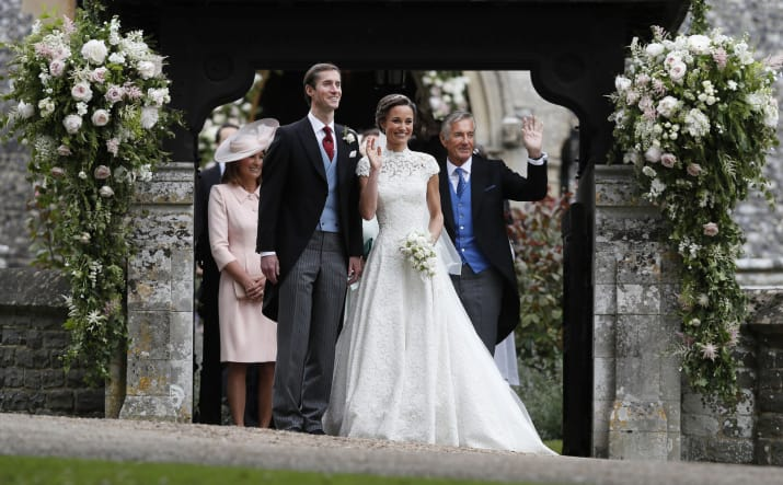 Pippa Middleton – the younger sister of the Duchess of Cambridge – just got married to James Matthews in a traditional wedding in Berkshire.