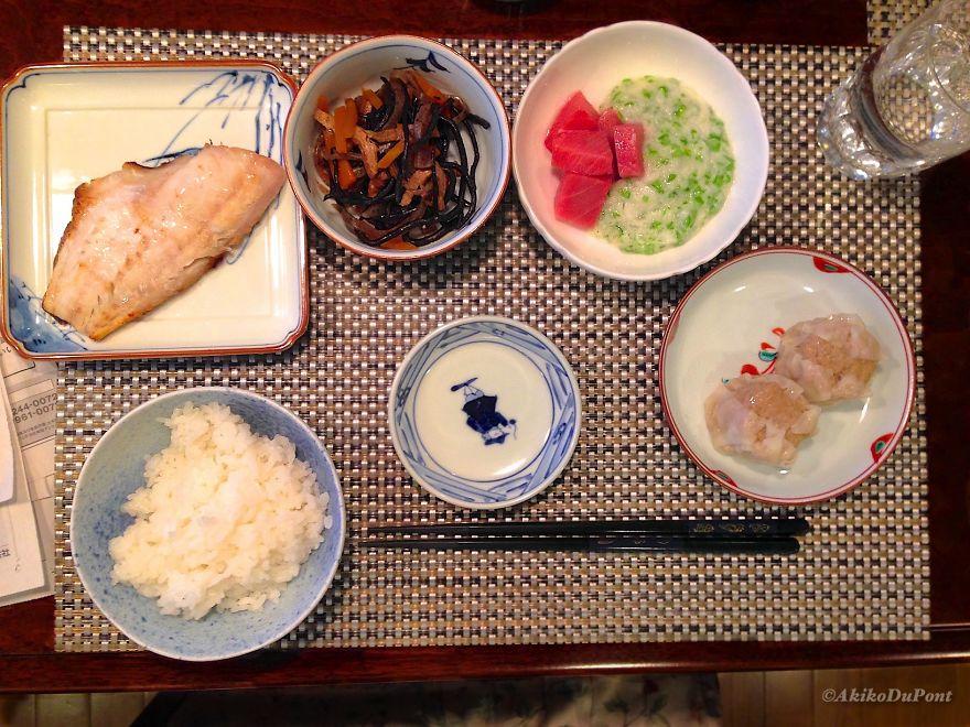 #18 Itadakimasu: Jiji's Dinner