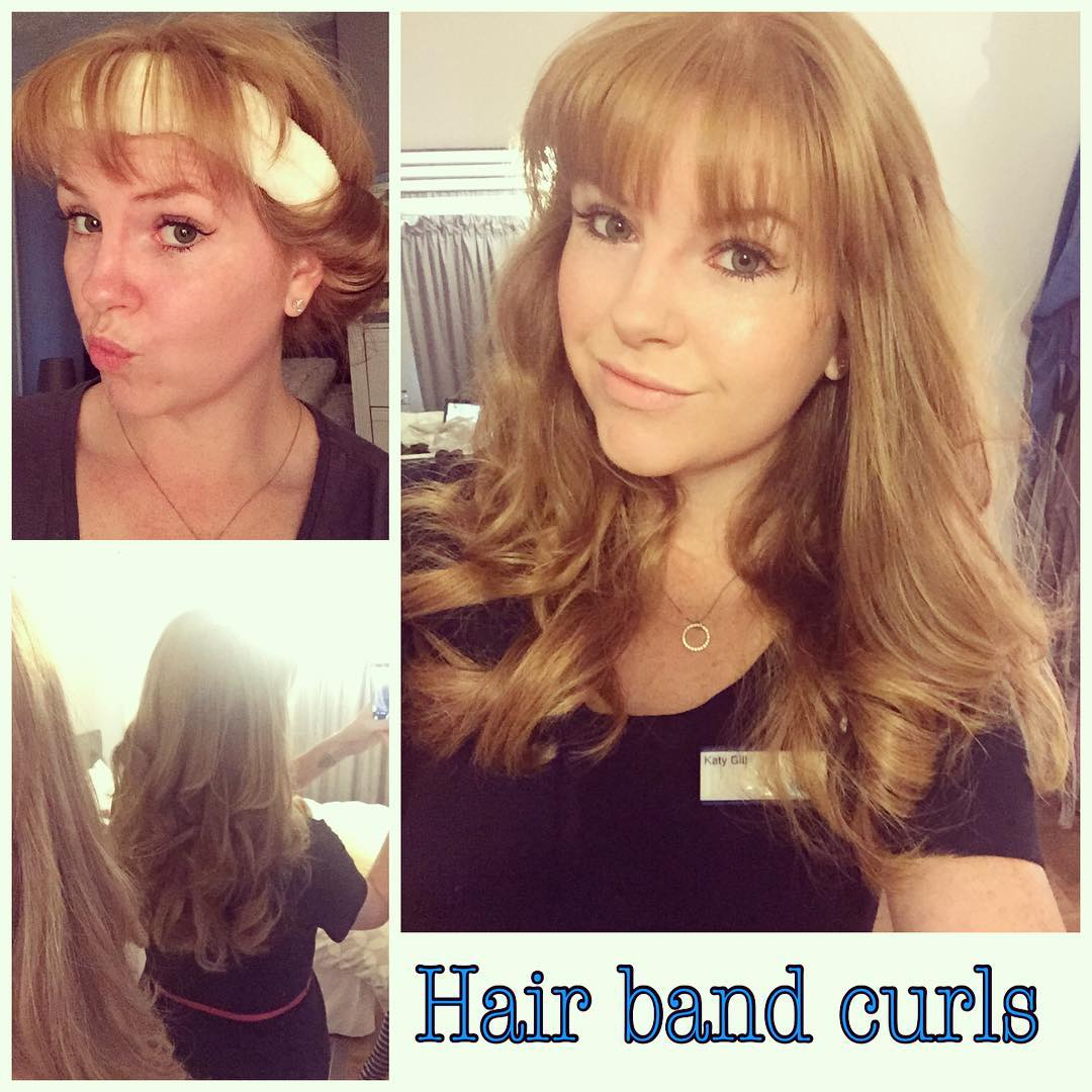 2. Curl your hair using only a hair band.