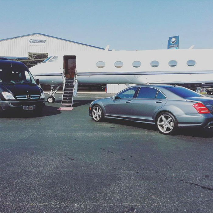 Recently, rapper Bow Wow posted a picture on Instagram, implying that he was flying on a private jet
