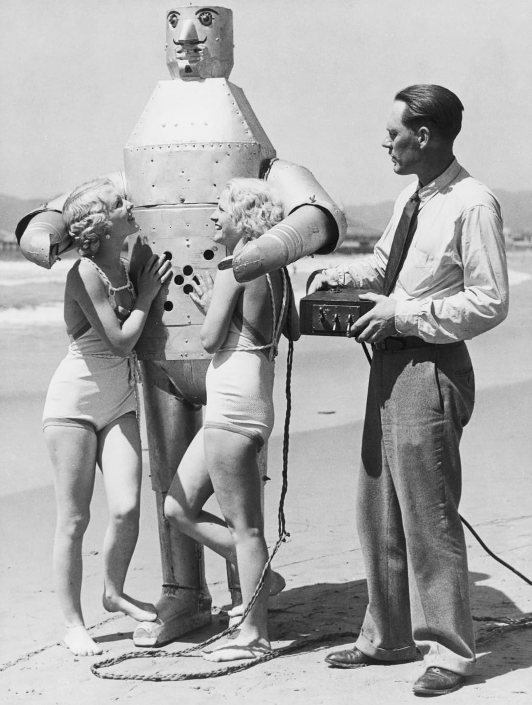 3. Enjoying the company of super-futuristic beach robots, 1934: