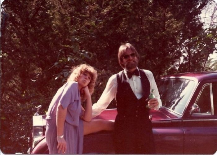 #17 Here Are My Parents Looking Badass On Their First Date. To The Oscars In 1977. My Dad Won.