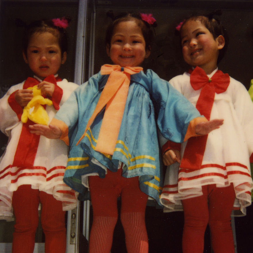 I had the chance to meet some triplets in Nampho orphanage. There are a lot of twins and triplets in orphanages. The official reason is that parents cannot afford to raise 2 or 3 kids at same time.